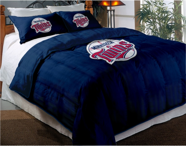 Minnesota Twins Mlb Twin Chenille Embroidered Comforter