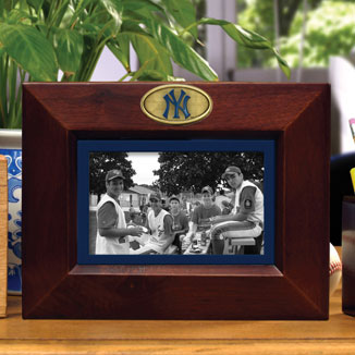 New York Yankees Mlb 8 Quot X 10 Quot Brown Horizontal Picture Frame